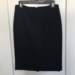 J. Crew No. 2 Pencil ✏️Skirt in size 2